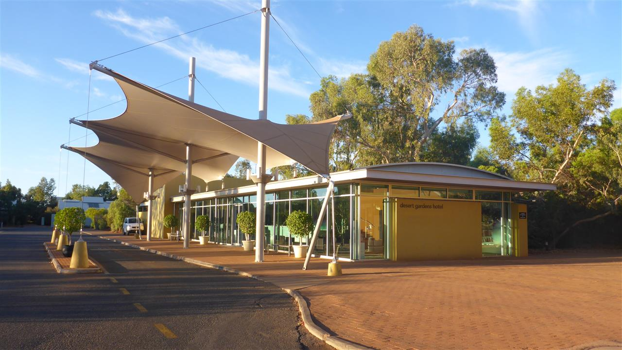 Goodbye Desert Gardens Hotel. We now have a date with the Nissan Dealership  in Alice Springs  41f47336c7574